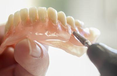 Get natural-looking dentures in Gosnells